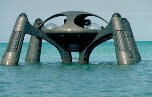 Atlantis-base-spy-who-loved-me.jpg