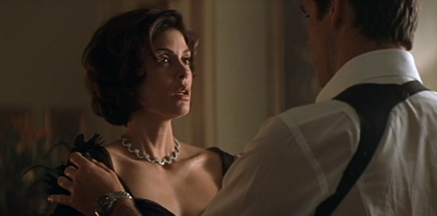 tomorrow-never-dies-james-bond-paris-carver-pierce-brosnan-teri-hatcher.png