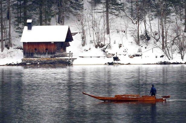 Lake-Altausseer-See-spectre--a.jpg