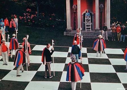 The_Prisoner_Checkmate_Human_chess_match.jpg