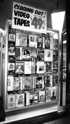 vhs_prices_1980s.jpg