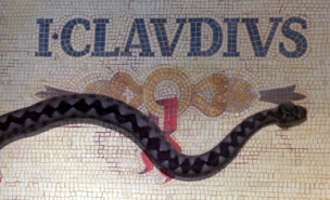 I_Claudius_title_snake2